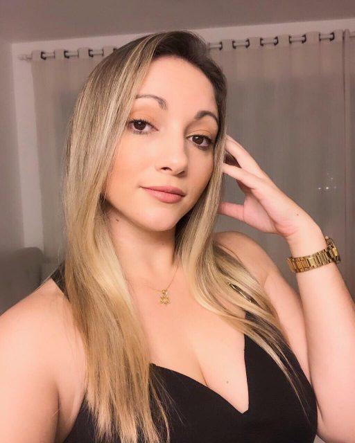 Nathália Mello